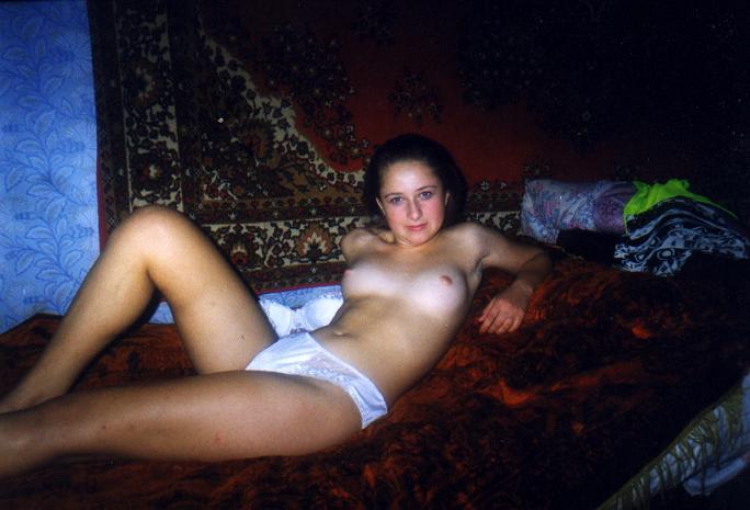 Голые русские девушки 2000 фото 64694 фотография